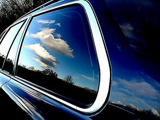 тонированые стекла автомобиля