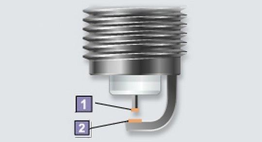 На рабочей части электродов металл с лучшими характеристиками
