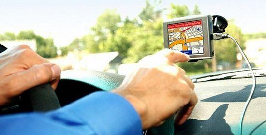 как выбрать навигатор для авто